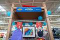 Walmart - 3M Dorm Done Right - closeup front view, shallow dof